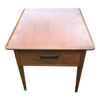 Mid Century Lane Acclaim Side Table For Sale