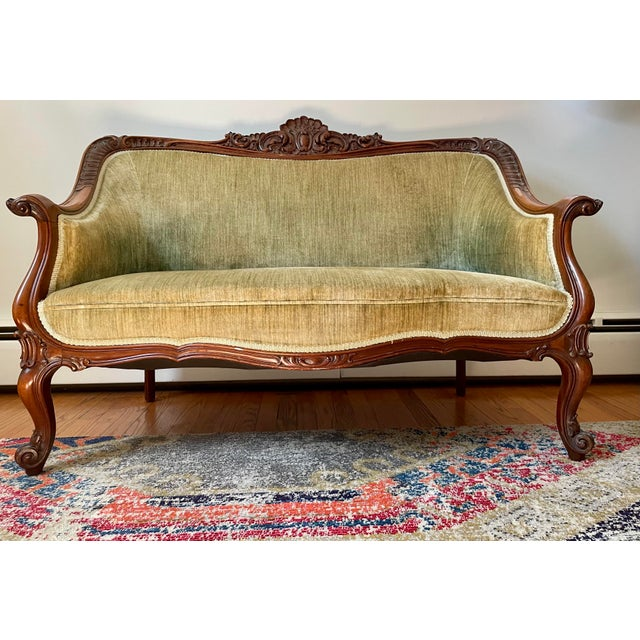 Victorian Settee/Loveseat in Green Velvet For Sale - Image 9 of 9