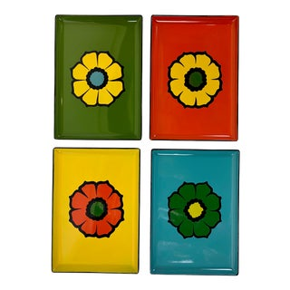 Floral Motif Lacquer Ware Trays - Set of 4 For Sale