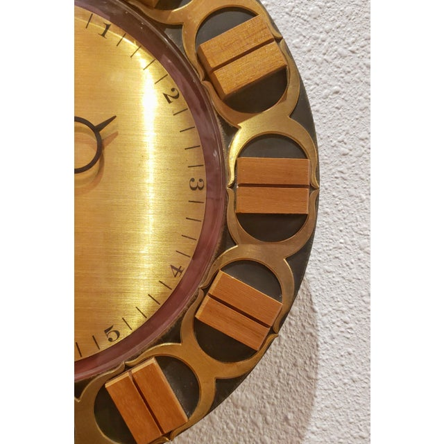 Mid-Century Modern Atlanta Electric Wall Clock For Sale - Image 3 of 6