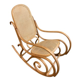 Mid-20th Century Thonet Bentwood Rocking Chair For Sale