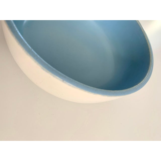 1940s Vintage Catalina Pottery Sky Blue and White Bowl For Sale - Image 4 of 7