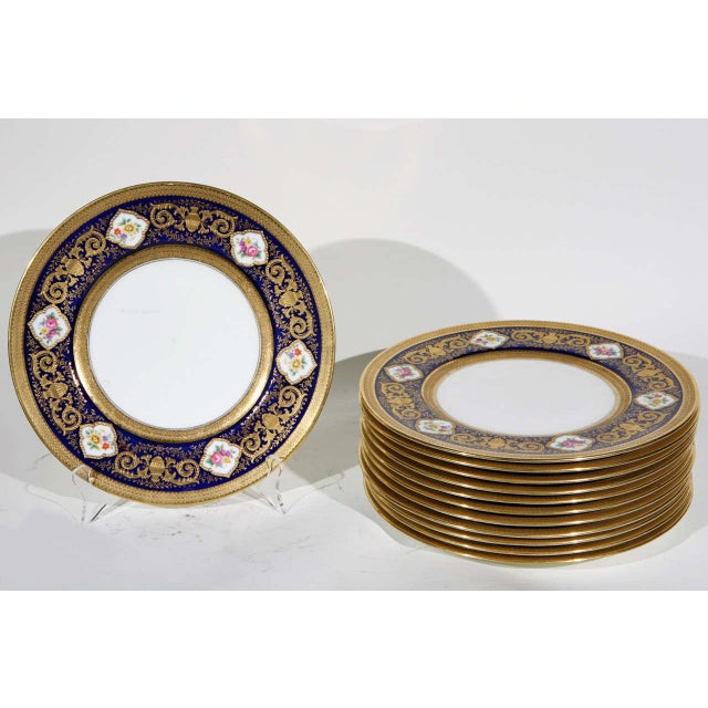 Cauldon English Plates Retail by Cowell and Hubbard Company Set of 12 For Sale - Image 9 of 9