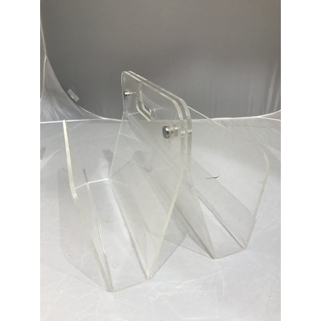 Transparent 1960s Minimalist Lucite Magazine Holder For Sale - Image 8 of 9
