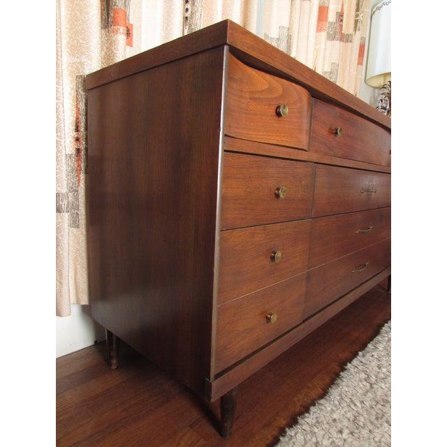 1950s Bassett Mid-Century Modern Dresser - Image 5 of 11