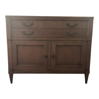 Mid-Century Modern Traditional Side Board For Sale