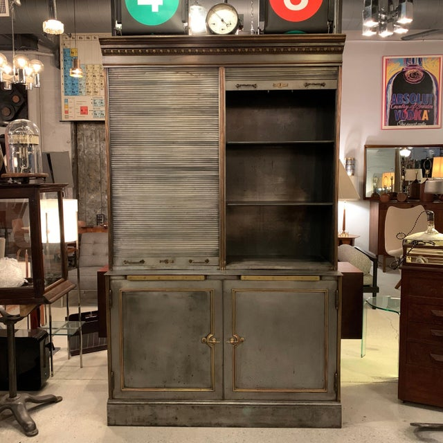 Antique Steel and Brass Roll Top Valuables Safe Display Cabinet For Sale In New York - Image 6 of 13