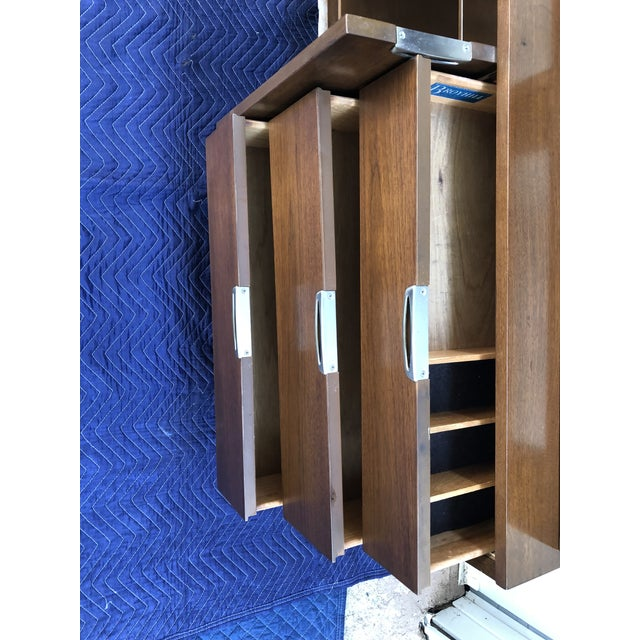 1960s Mid Century Modern Broyhill Premier Accent Line Hutch For Sale - Image 9 of 13