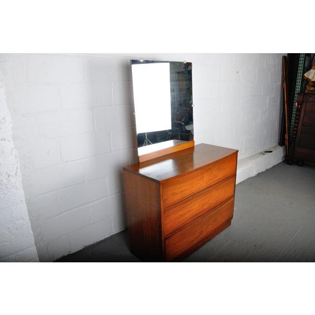 Mid-Century Modern Walnut Vanity Dresser For Sale - Image 4 of 13
