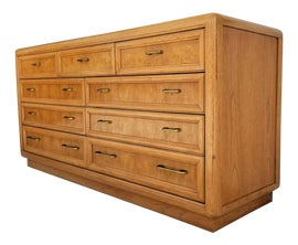 Image of Thomasville Chests of Drawers