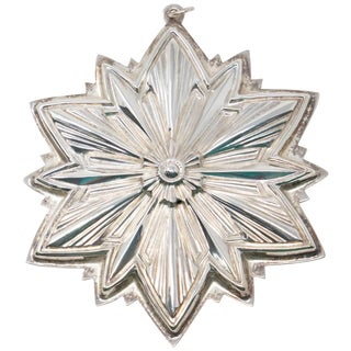 1993 Gorham Sterling Snowflake Ornament For Sale