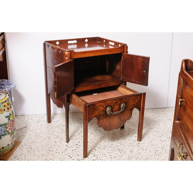 English Traditional Antique English Night Stand For Sale - Image 3 of 9
