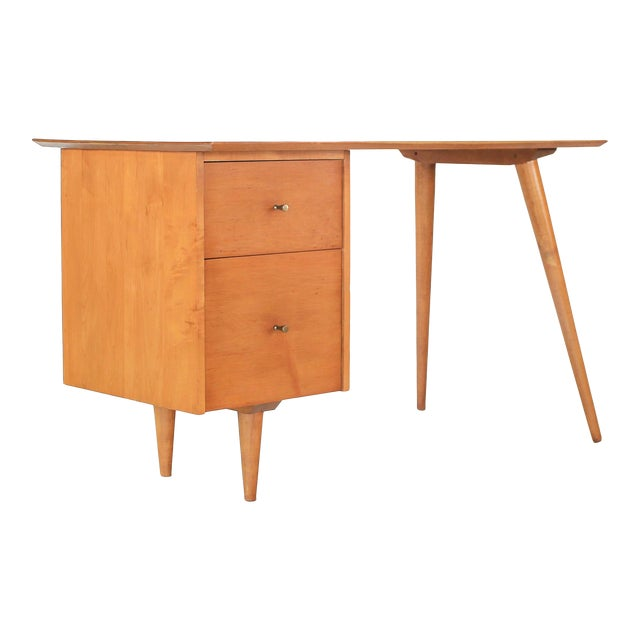 1960s Mid-Century Modern Paul McCobb Planner Group Winchendon Solid Maple Tanker Desk For Sale