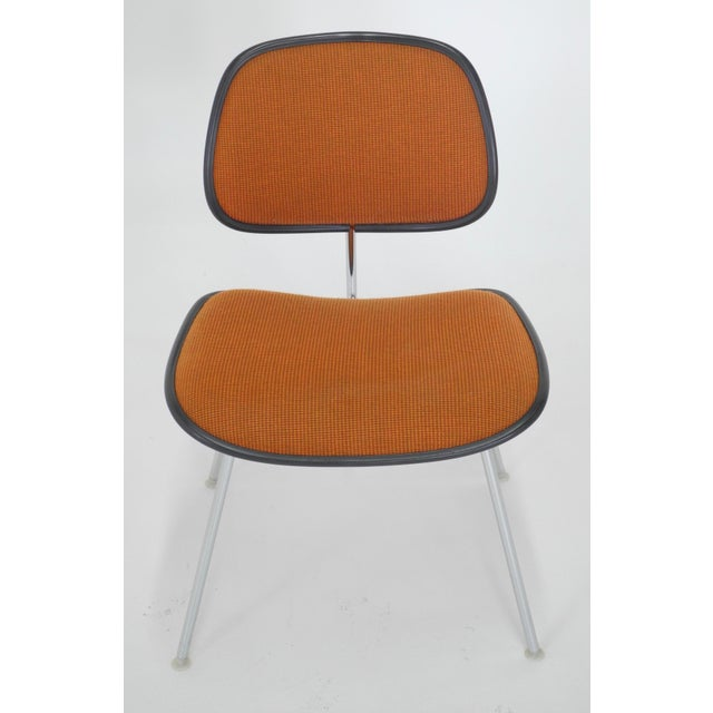 Mid-Century Modern Eames for Herman Miller Padded DCM Chair For Sale In Chicago - Image 6 of 7