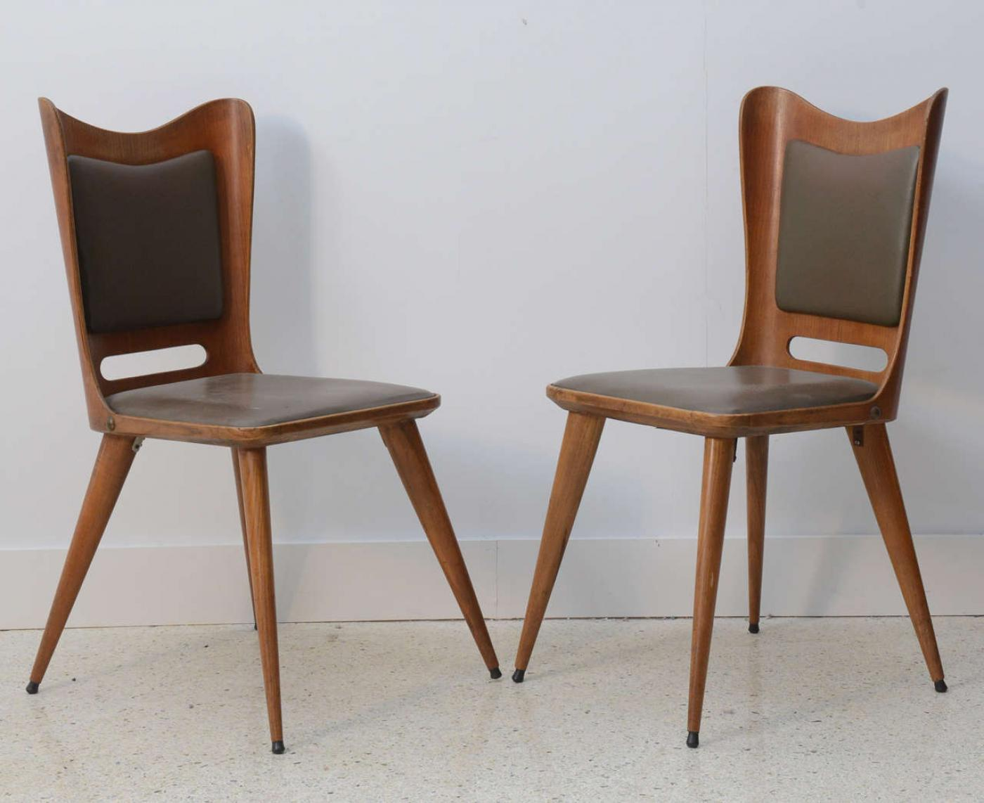 Pair Of Italian Modern Walnut Side Chairs, Guglielmo Ulrich   Image 4 Of 9