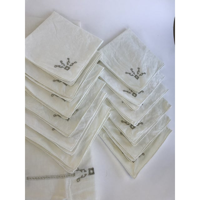 Italian Vintage Italian Cut Work Embroidered Tablecloth and Napkins - Set of 13 For Sale - Image 3 of 7