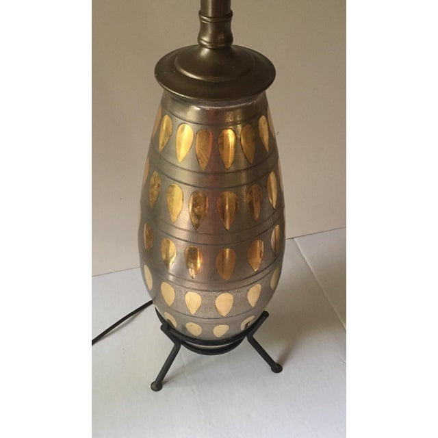 Mid-Century Atomic Table Lamp For Sale - Image 5 of 7