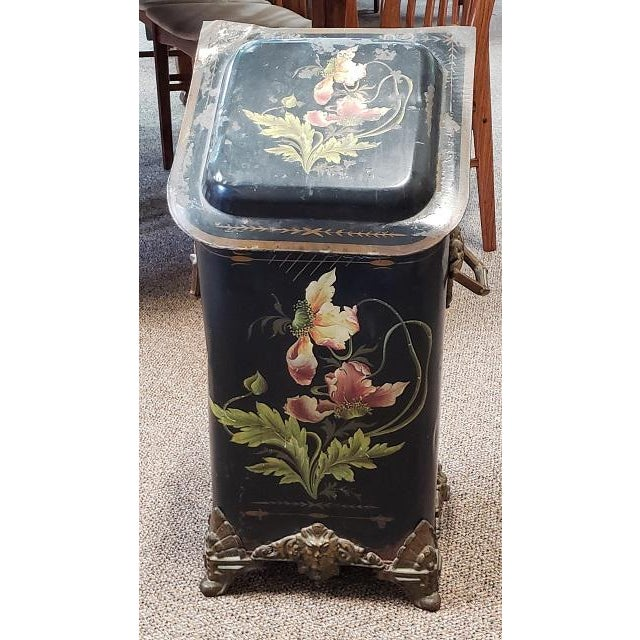Green American Victorian Hand Painted Firewood Bin W/ Insert C.1890s For Sale - Image 8 of 13