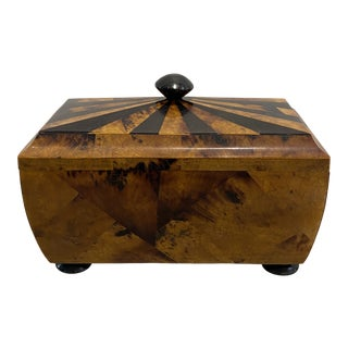 Large Pen Shell Inlay Box With Lid and Feet Detail For Sale