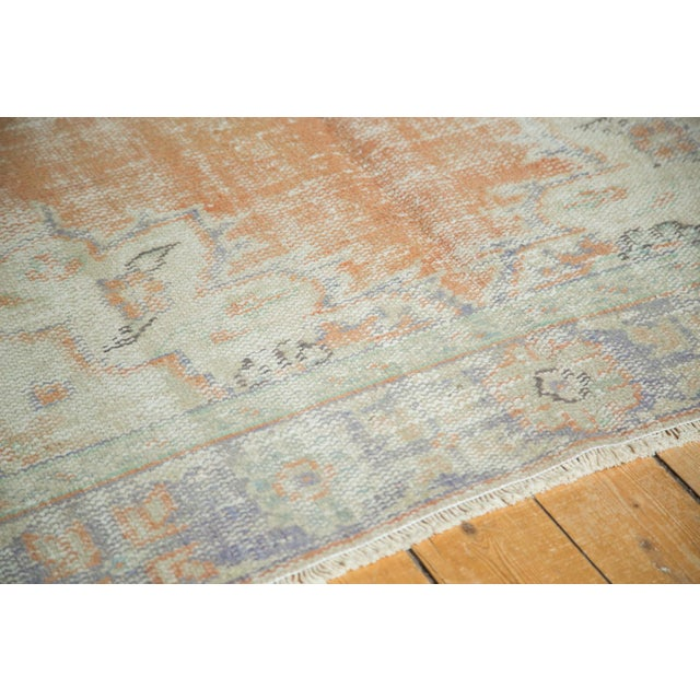 "Vintage Distressed Oushak Carpet - 5'2"" x 8'8"" For Sale In New York - Image 6 of 11"