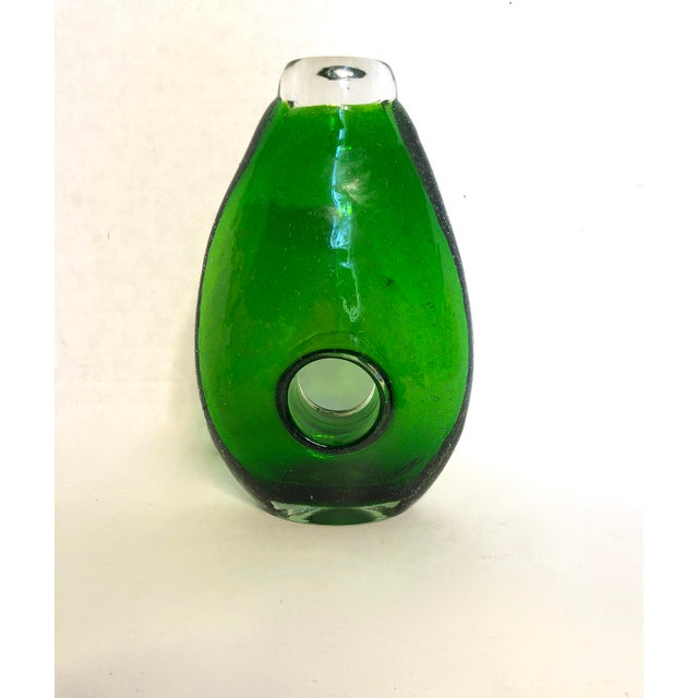 Green Modern Hand-Blown Green Glass Vase For Sale - Image 8 of 8