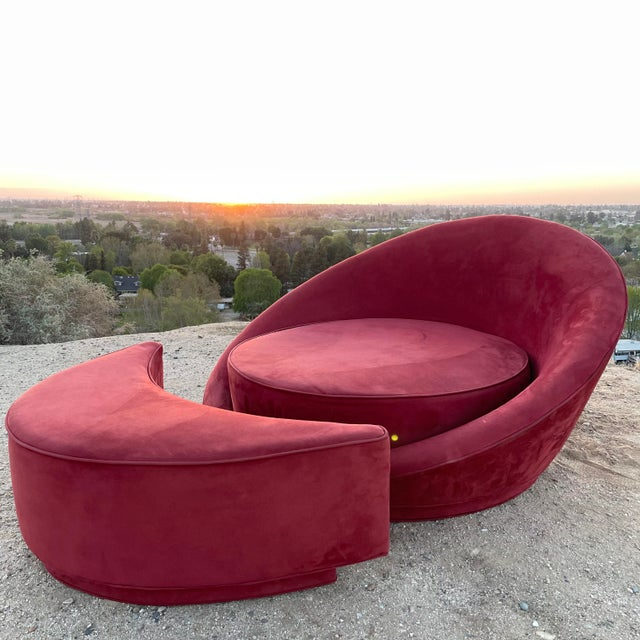 1960s 1960s Vintage Milo Baughman Attributed Satellite Chaise & Moon Shape Ottoman For Sale - Image 5 of 6