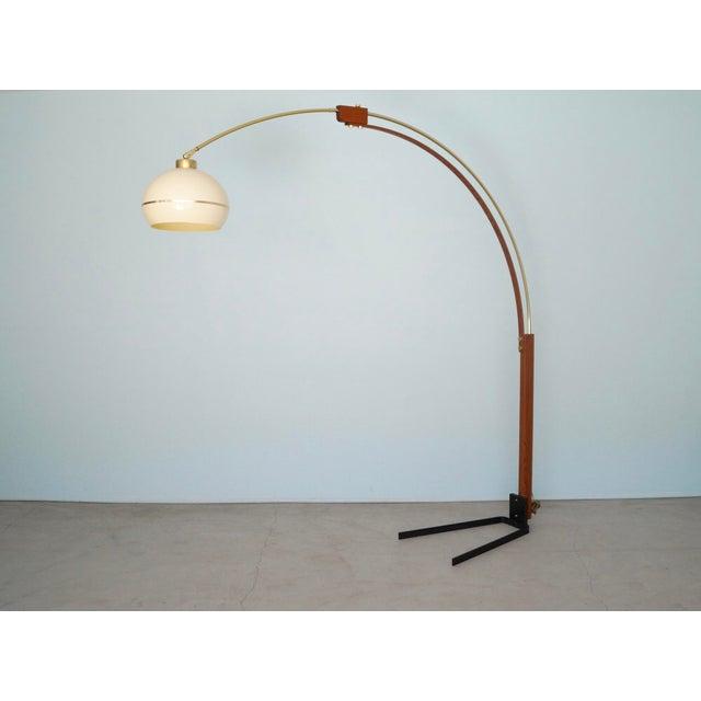 Danish Modern Mid-Century Modern Nova Lighting Arc Floor Lamp For Sale - Image 3 of 11