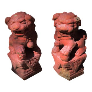 1980s Vintage Outdoor Entryway Terra Cotta Red Cement Foo Dogs - a Pair For Sale