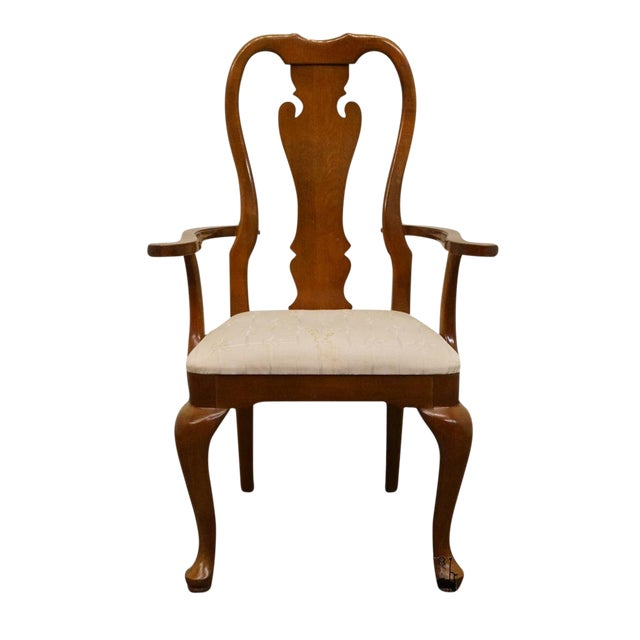 Thomasville Furniture Winston Court Collection Queen Anne Dining Arm Chair For Sale