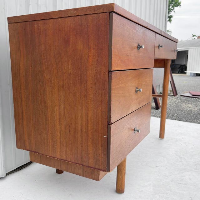 Mid-Century Modern 1960s Wood Mid-Century Modern Writing Desk For Sale - Image 3 of 13