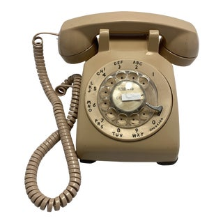 Western Electric Beige 500 Desk Telephone For Sale