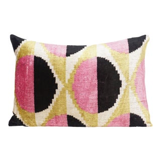 Boho Chic Natural Silk Velvet Ikat Pillow - Modern Circles Pink and Black For Sale