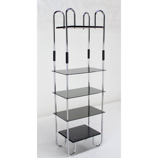 Very nice Bauhaus style etagere. The piece is from the mid 20th century.