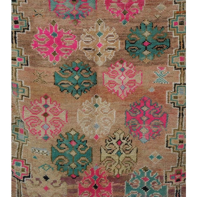 1970s Moroccan Boujad Rug - 4'7 X 6'5 For Sale - Image 4 of 6