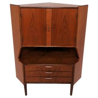 Gunni Omann for Omann Jun Danish Teak Corner Cabinet, Circa 1960s For Sale