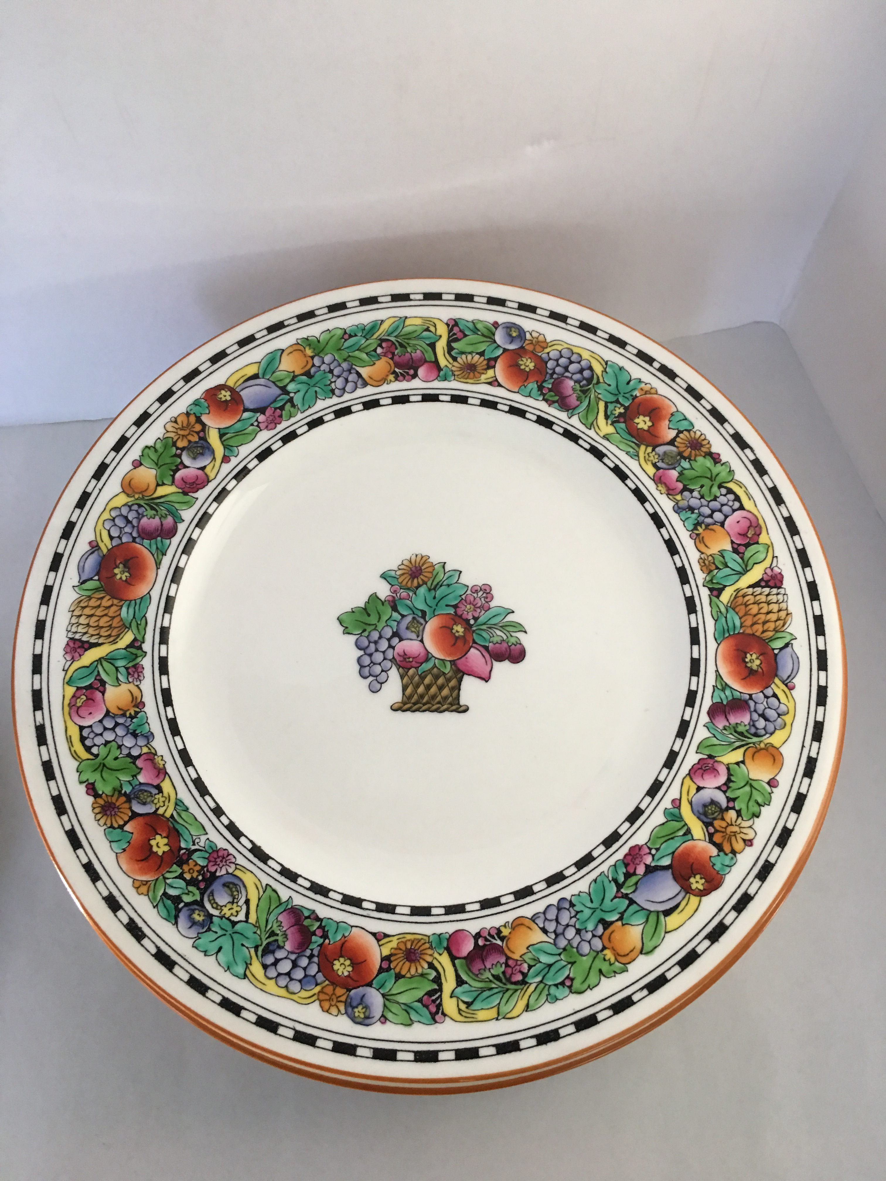 Wedgewood Dinner Plates - Set of 12 - Image 7 of 10  sc 1 st  Chairish & Wedgewood Dinner Plates - Set of 12 | Chairish