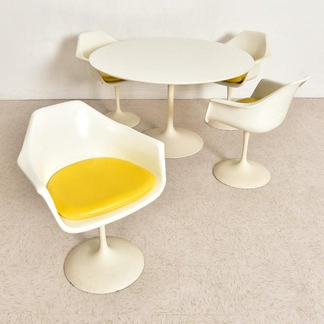 Vintage Eero Saarinen Tulip Dining Set - 5 Pieces For Sale - Image 10 of 10