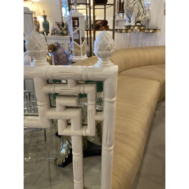 Chippendale Vintage Chinese Chippendale White Faux Bamboo Greek Key Wall Mirror For Sale - Image 3 of 12