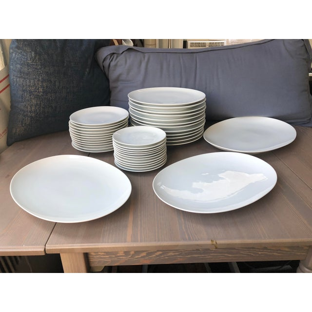 Mid Century Raymond Loewy Continental China Rosenthal White Dinnerware - Set of 39 For Sale In New York - Image 6 of 6