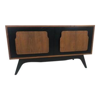 1960s Mid Century Modern Credenza/Dresser For Sale