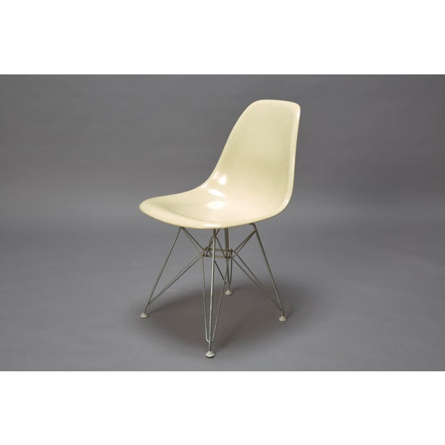 Fiberglass 1950s Mid-Century Modern Charles Eames Fiberglass Shell Chair For Sale - Image 7 of 7