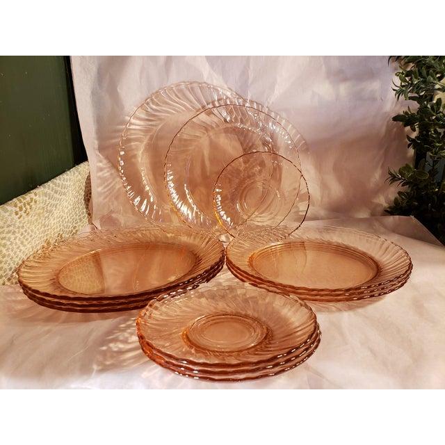 Arcoroc France Pink Glass Plates Swirl - 12 Piece Set