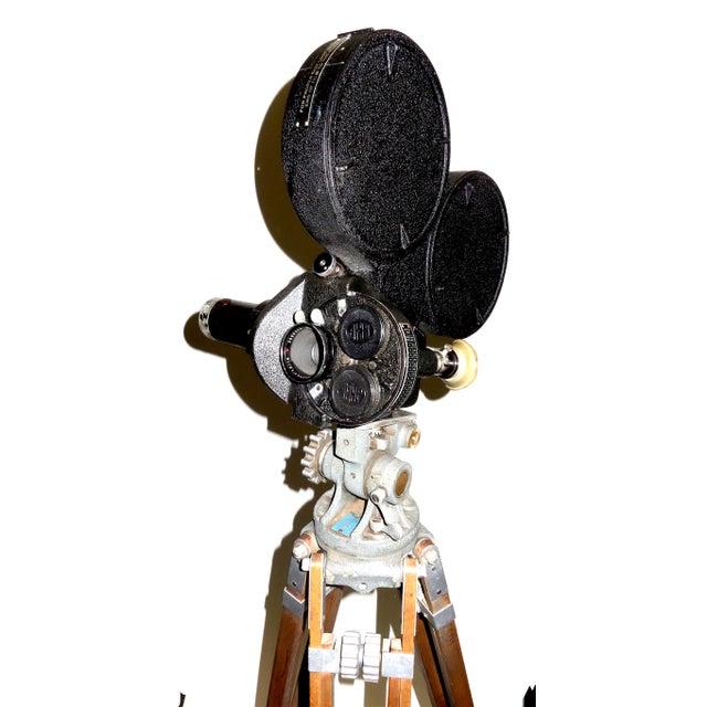 Glass CineFlex 35mm Movie Camera Ww-II Designed Combat Camera, Pristine Time Warp Unit For Sale - Image 7 of 13