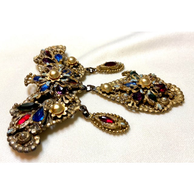 1940s Thief of Bagdad Jeweled Brooch For Sale - Image 4 of 9