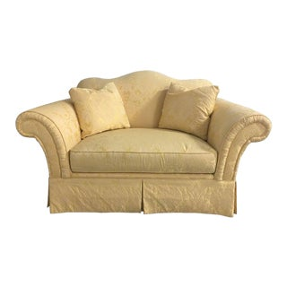 20th Century Upholstered Loveseat in a Yellow Damask Fabric For Sale