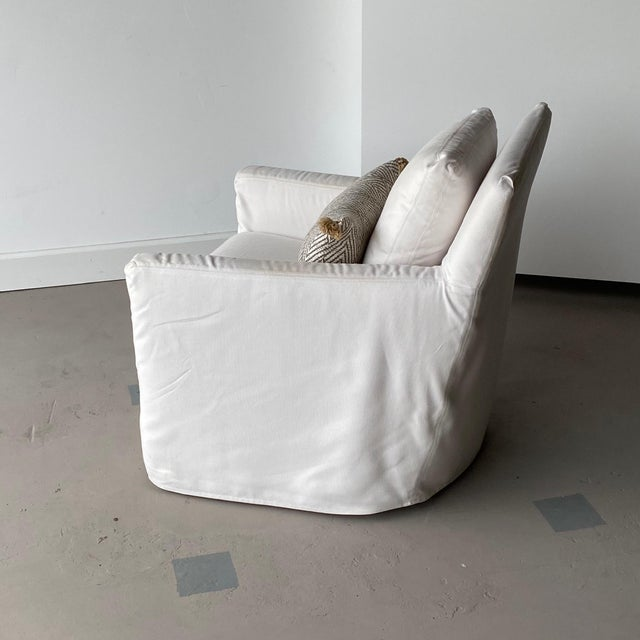 Contemporary Kapas Slipcovered Swivel Chair For Sale - Image 3 of 10