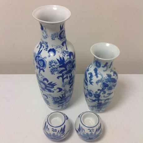 Chinoiserie Blue & White Vase Collection - 4 Pc. For Sale - Image 6 of 8