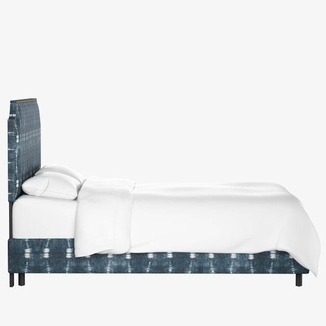 Contemporary California King Notched Nail Button Bed in Bali Indigo For Sale - Image 3 of 7