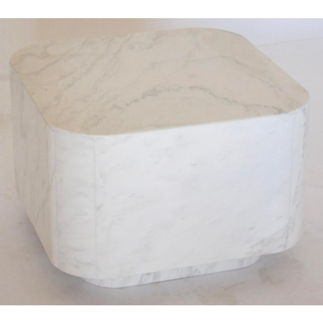 White Marble Plinth Base Table - Image 2 of 7