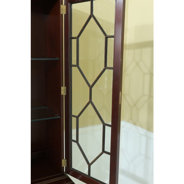 Kittinger Richmond Hill Collection Mahogany Breakfront For Sale In Philadelphia - Image 6 of 13